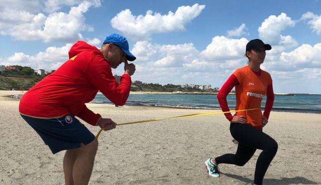 Eliza Samara a lăsat robotul de antrenament și a dat buzna pe plajă - elizasamaraantrenamentpeplaja-1591281256.jpg