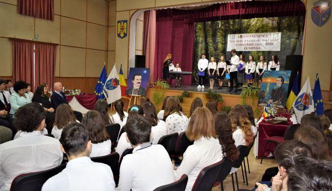 Foto: Eminescu, sărbătorit și la Cumpăna / GALERIE FOTO