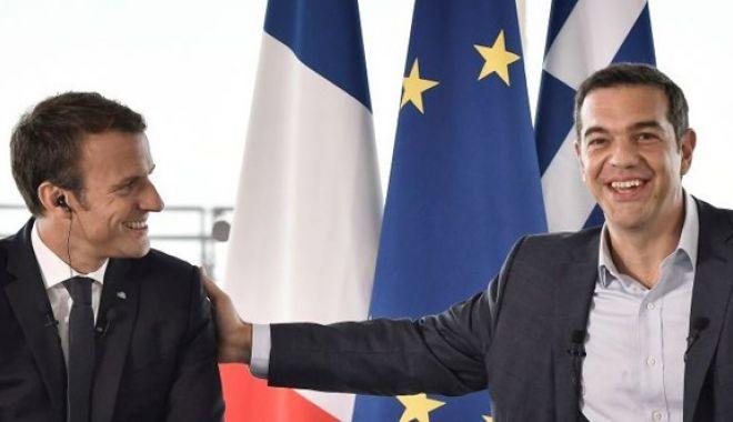 Foto: Emmanuel Macron salută curajul și demnitatea poporului grec în timpul crizei