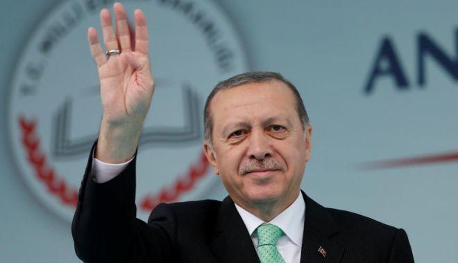 Foto: Apel surprinzător al lui Erdogan. Situația din Turcia e gravă