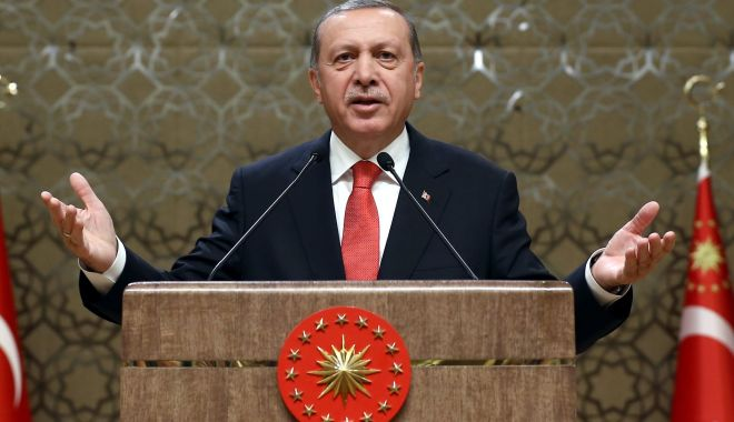 Foto: Erdogan a persiflat UE, îngrijorată de un posibil nou val de migranți dinspre Turcia