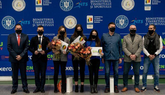 """""""Eroi cu mască 2020"""". Premii pentru trei scrimere de excepţie - eroi-1607352294.jpg"""