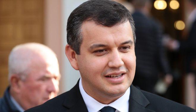 Foto: PMP propune eliminarea subvențiilor pentru partidele politice