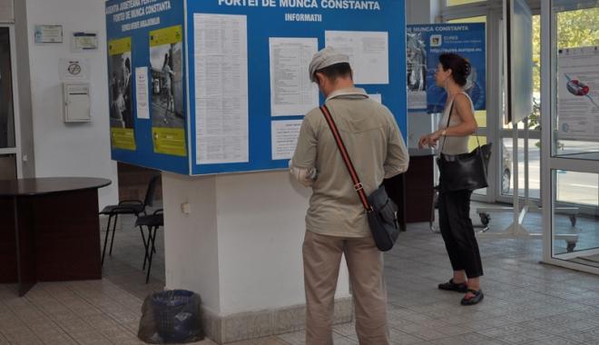 Foto: Vrei un job  în străinătate?  Ce meserii  se caută în țările Uniunii Europene