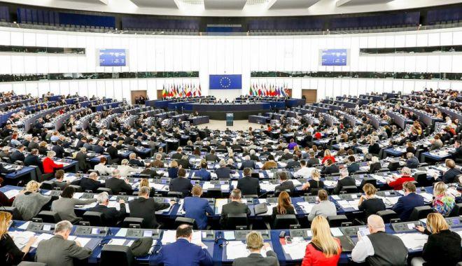 Lista candidaților PNL la europarlamentare, validată de BPN - euro-1552586533.jpg