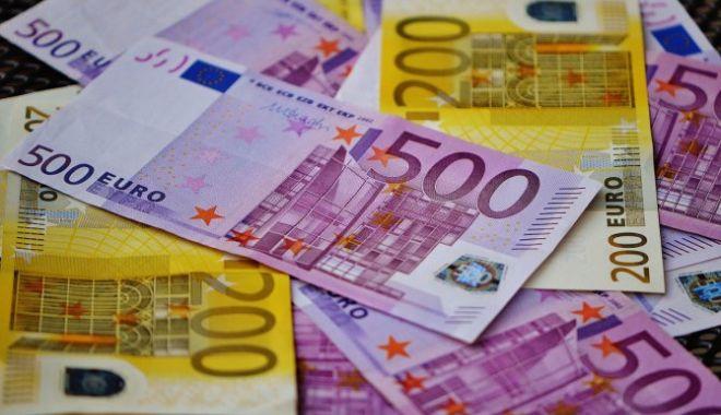 Dezastru pentru leu. Ce se întâmplă cu moneda euro - eurobani24160500-1548238549.jpg