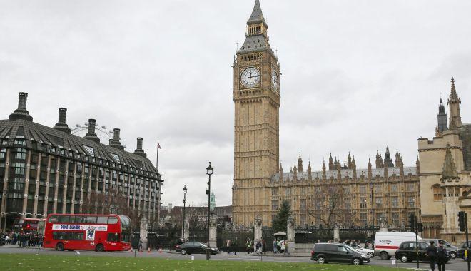 Foto: Eurodeputații vor ca Marea Britanie să se adapteze normelor UE