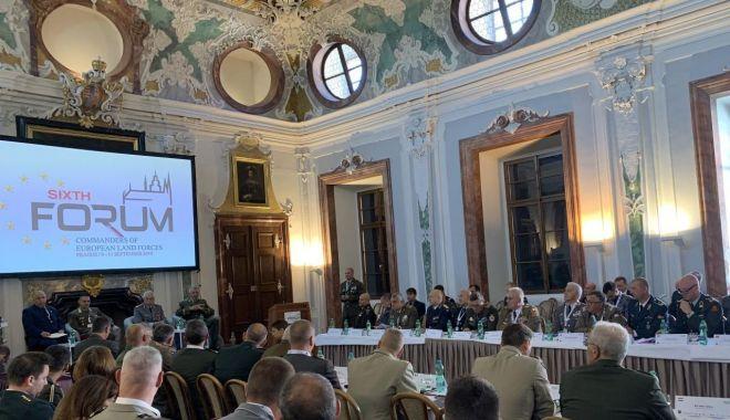 Reuniune la Praga. Forumul comandanților Forțelor Terestre din Europa - europa-1568316943.jpg