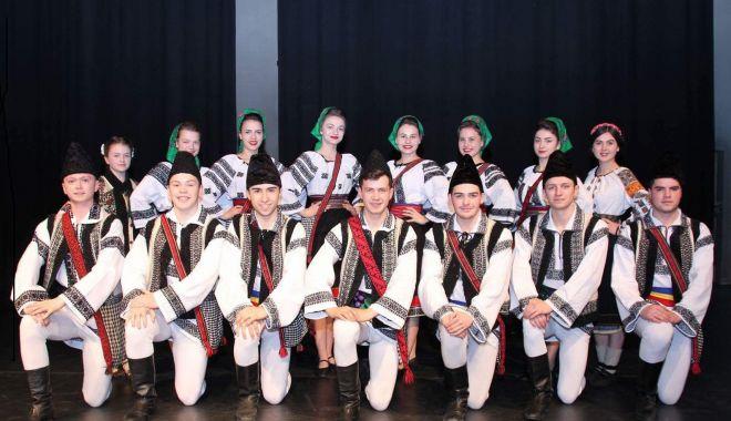 Eveniment elitist franco-român, la Constanța - eveniment-1562857082.jpg