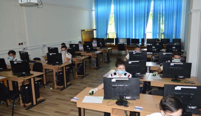 Examene la Academia Navală. Licența susținută în săli, disertația online și admiterea după media de la Bac - examenelaacademie2-1594312972.jpg