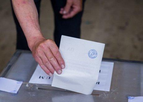 Foto: PREZENȚA LA VOT LA ORA 15.00. Câți constănțeni au votat până acum