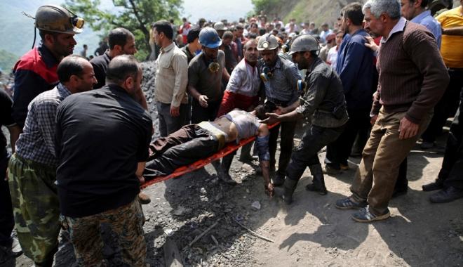 Foto: Explozie la o mină  de cărbune din Iran.  Bilanțul crește la 35 de morți