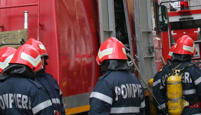 Foto: Explozie de butelie, la Costinești. UN BĂRBAT A DECEDAT