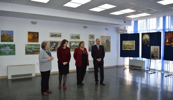 Foto: Expoziție de artă plastică, la Muzeul Marinei