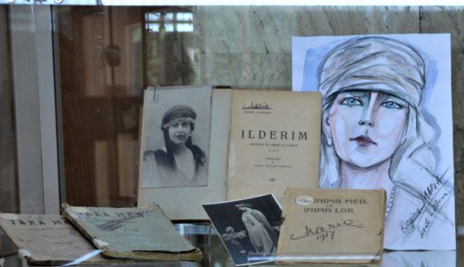 Foto: Expoziție de literatură interbelică, la Biblioteca Județeană