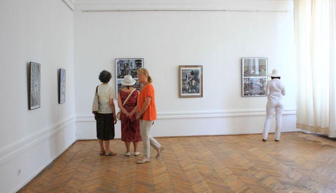 Expoziţie de grafică la Muzeul de Artă - expozitie1-1600106638.jpg