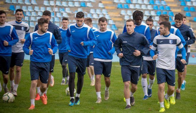 Foto: FC Farul merge la Buzău din postura de favorită