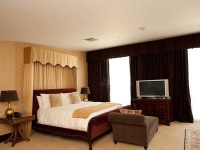 Cele mai luxoase apartamente prezidențiale din hotelurile americane (GALERIE FOTO) - favoritefeatureofthepresidential-1329659436.jpg