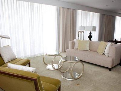 Cele mai luxoase apartamente prezidențiale din hotelurile americane (GALERIE FOTO) - favoritefeatureofthepresidential-1329659461.jpg