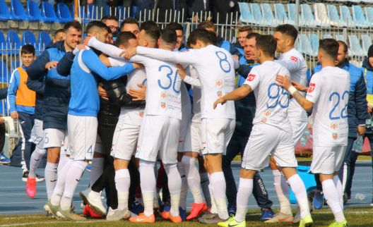 Foto: FC Farul ţinteşte cele trei puncte la Timişoara