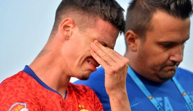 Foto: Fotbal / Virusul Covid-19 face ravagii la FCSB. Cine este ultima victimă