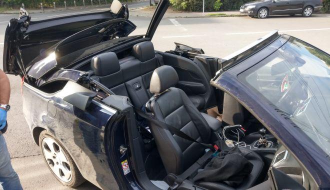 Femeie rănită grav, în mașina decapotabilă - femeieranita-1592747171.jpg