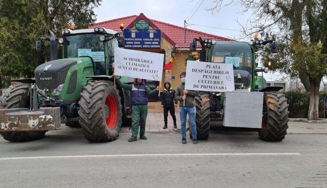 Fermierii dobrogeni s-au alăturat colegilor din Moldova şi au protestat - fermieriidobrogeni-1617814051.jpg