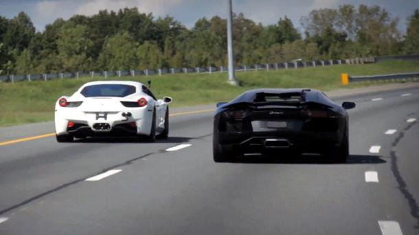 Foto: Ferarri 458 Italia vs. Lamborghini Aventador | VIDEO