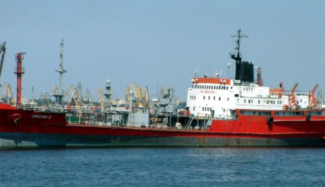 Foto: Fiscul lovește în interesele portului  Constanța și ale economiei naționale