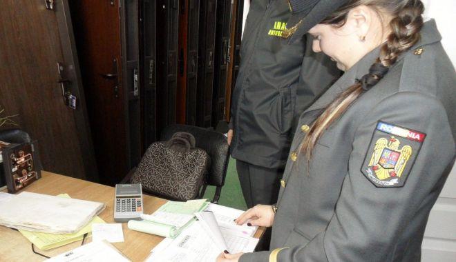 Foto: Fiscul va apela la tehnica verificării documentare pentru a-i depista pe evazioniști