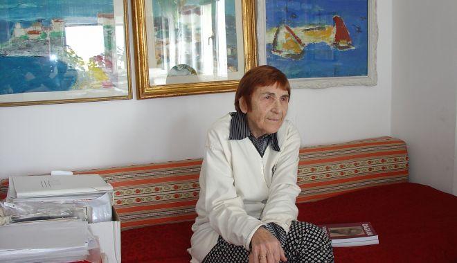 Doliu în lumea culturală constănţeană. A murit criticul de artă Florica Cruceru - floricacruceru2-1620124985.jpg