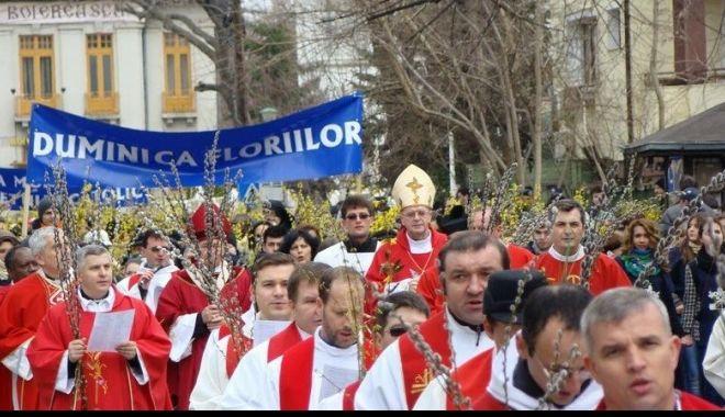 Catolicii celebrează Duminica Floriilor. Ce semnificație are această sărbătoare - floriicatolici-1586077726.jpg