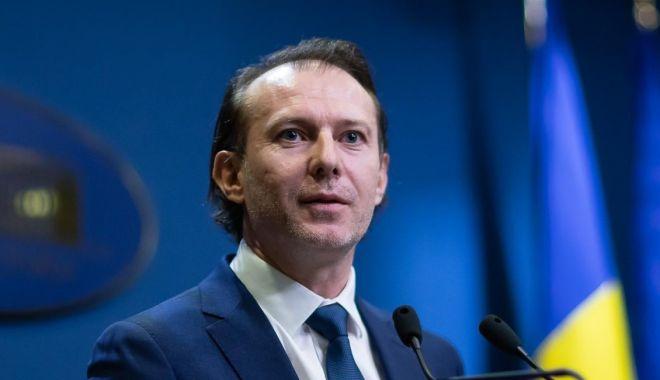 Florin Cîțu a criticat întârzierea plăților pentru personalul medical din centrele de vaccinare - florincitu-1615896513.jpg