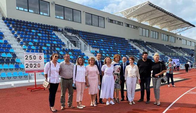 GALERIE FOTO / Ilie Floroiu, prezent la inaugurarea stadionului de atletism din Craiova - floroiu2-1598599998.jpg