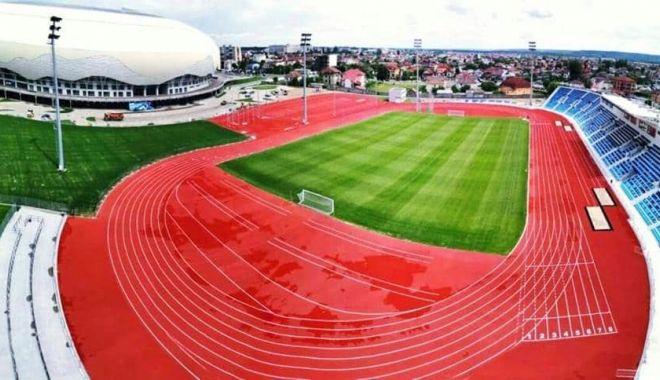 GALERIE FOTO / Ilie Floroiu, prezent la inaugurarea stadionului de atletism din Craiova - floroiu3-1598600048.jpg