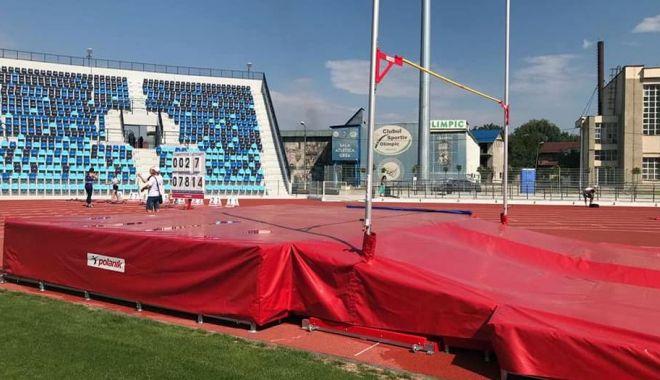 GALERIE FOTO / Ilie Floroiu, prezent la inaugurarea stadionului de atletism din Craiova - floroiu5-1598600077.jpg