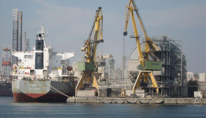 Foto: Porturile maritime românești se îndreaptă spre o performanță istorică