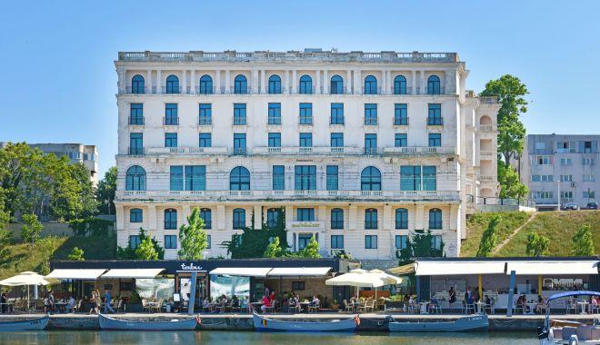 Comori de vânzare, în Constanţa. Cât costă palatele istorice ale bătrânului Tomis? - fond-1600797031.jpg