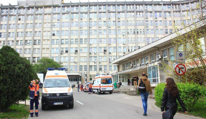 """Criză de ambulanţe la Constanța. """"Este un efort supraomenesc"""" - fond-1603350232.jpg"""