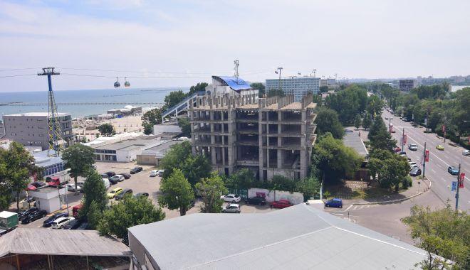 Dezvoltarea staţiunii Mamaia, pe mâna investitorilor imobiliari. Autorităţile, fără planuri concrete - fond-1609872192.jpg