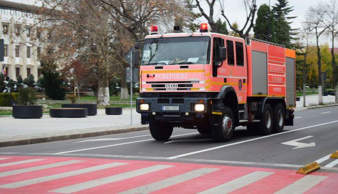 Rable pe post de mașini de stingere a incendiilor, la ISU Dobrogea! Când vom scăpa de ele? - fond-1623778460.jpg