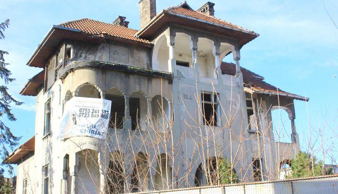"""Vila Dalas din Constanţa, salvată de la demolare. """"O renovăm şi deschidem ceva acolo!"""" - fond-1633716647.jpg"""