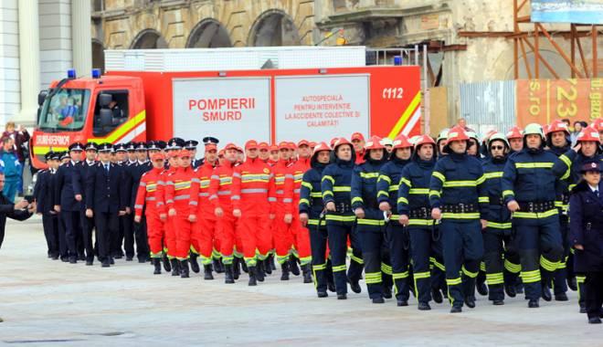Vrei să devii pompier sau soldat în doar câteva luni? MAI și Armata caută tineri voluntari - fond1-1440696774.jpg