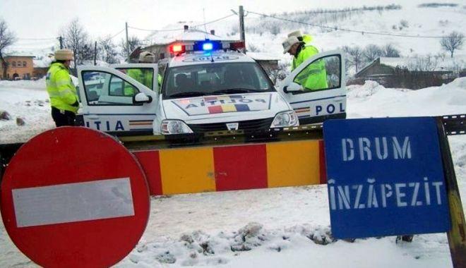 Foto: Lupta cu nămeții! Drumuri restricționate și închise, în județul Constanța