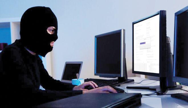 Foto: Dispar furturile din buzunare! Hoții preferă să dea țepe pe Internet!