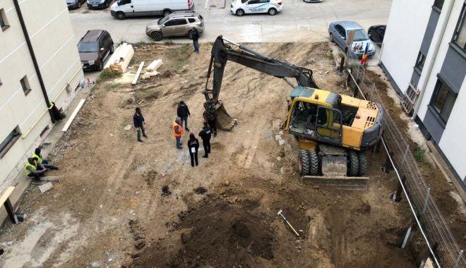 Primăria Constanța a cerut în instanță anularea autorizației pentru construcția unui bloc lipt de alte blocuri, în cartierul Tomis Plus - fond1607453285-1613812369.jpg