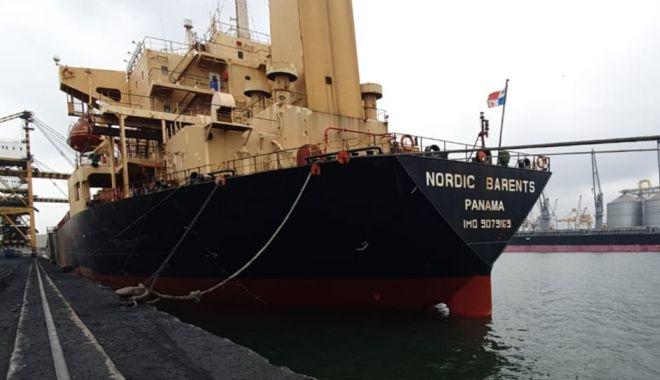 S-a dat alarma în Portul Constanța! Algerienii veniți clandestin au fugit de pe navă! - fondalgerienifugiti1-1574371658.jpg