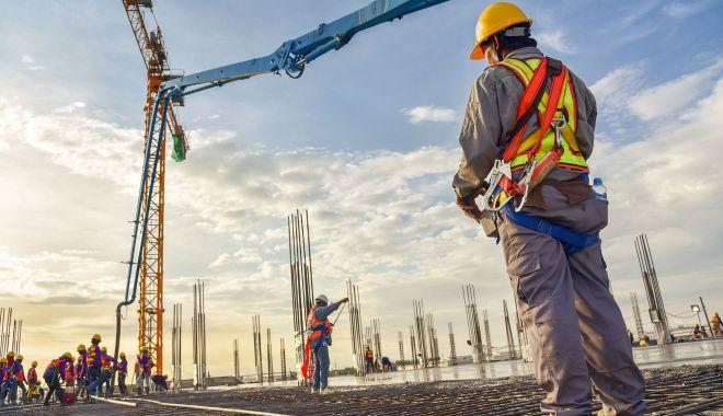 Foto: Angajatorii primesc puteri sporite în perioada stării de alertă
