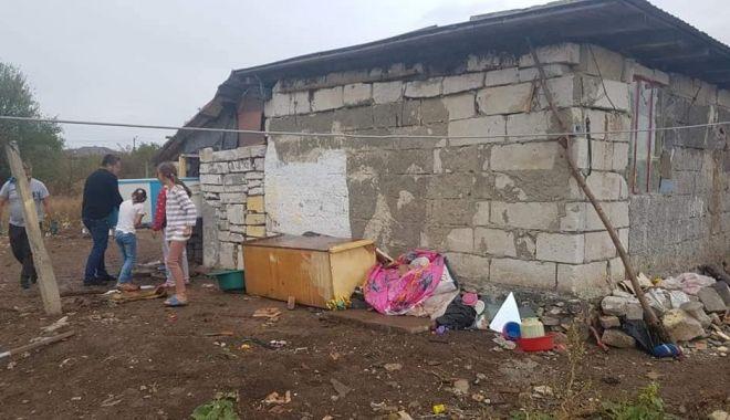 Copilărie în sărăcie lucie. Părinții refuză locuri de muncă, donațiile ajung la gunoi! - fondcazlimanu5-1569429435.jpg