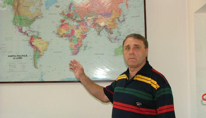 Cererea de personal navigant nebrevetat a explodat! Ofițerii maritimi români sunt căutați pe piață - fondcerereadepersonalharalambieb-1614624139.jpg